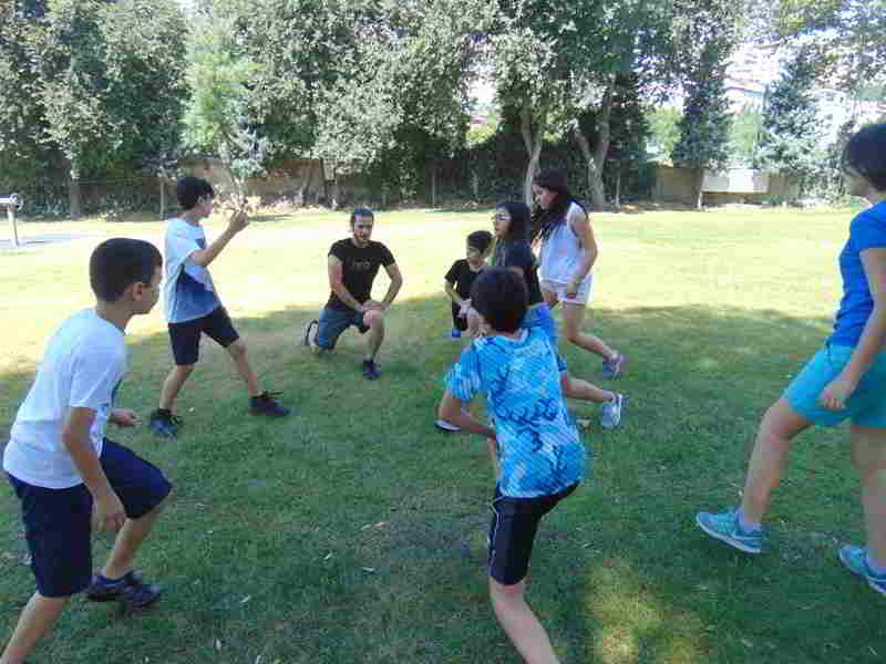 Spor Dersimizde Kaslarımızı Uyandırarak Spora Hazır Hale Getirdik. Güç ve Kondisyon Hareketlerimizi Yaparak Vücudumuzu Geliştirdik