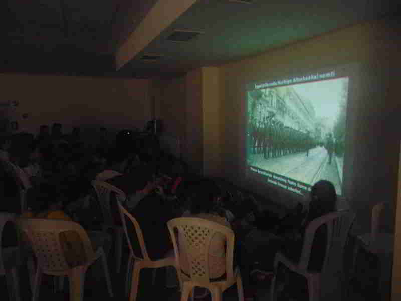 6 Ekim İstanbul'un Kurtuluşunun Videolarını İzledik