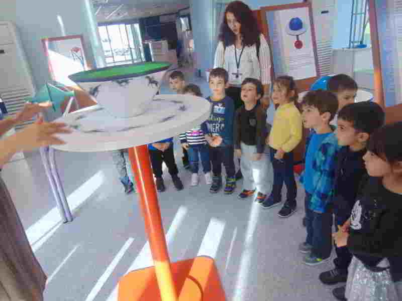 Tüzyev Mozaik Anaokulu olarak Sancaktepe Bilim Merkezi'ne davet edildik. Hem bilgilendik hem de eğlendik.